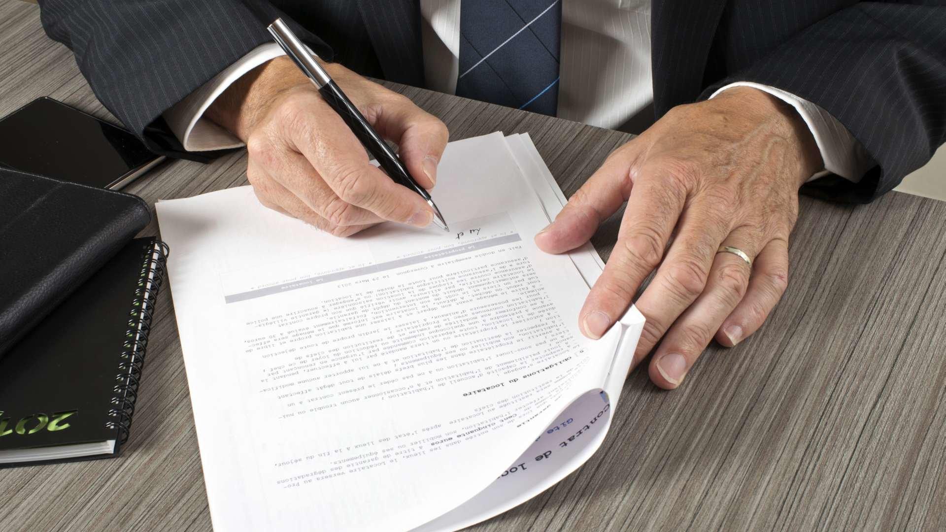 подписание договора фото